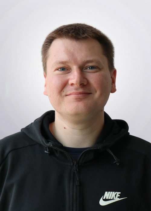 Benjamin Drupal back-end developer headshot
